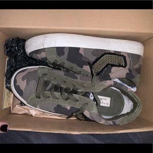 vintage havana camo shoes